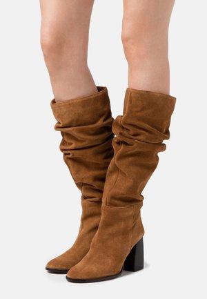 Boots - anteado habana