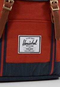 Herschel - RETREAT UNISEX - Rucksack - indigo denim/picante/tan - 7