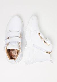 RISA - Sneakersy wysokie - white - 2