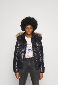 Superdry - HIGH SHINE TOYA  - Winter jacket - black - 0