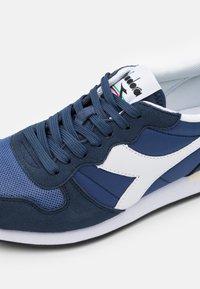 Diadora - Zapatillas - insignia blue/true navy - 5