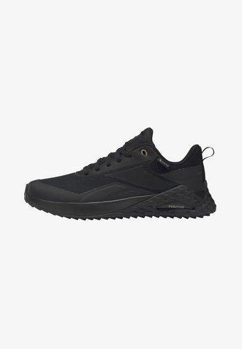 CRUISER GORE-TEX - Hiking shoes - black