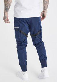 SIKSILK - COMBAT TECH CARGO PANTS - Pantalon cargo - navy - 2