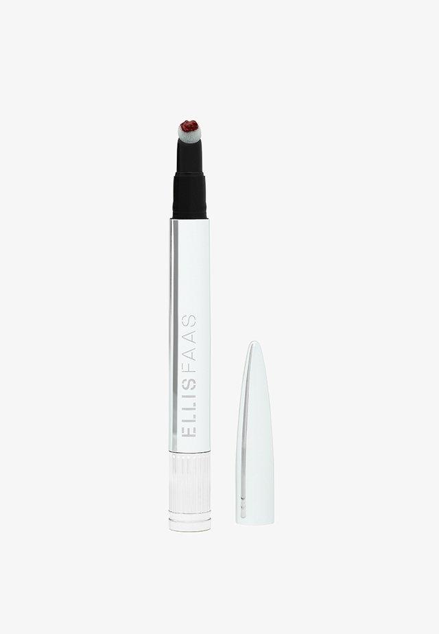 CREAMY LIPS - Vloeibare lippenstift - ellis red/blood red