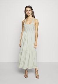 ONLY Petite - ONLVANNA DRESS - Jersey dress - desert sage - 0