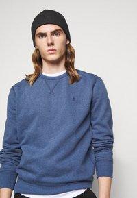 Polo Ralph Lauren - FLEECE CREWNECK SWEATSHIRT - Sweatshirt - derby blue heather - 3