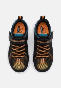 Skechers - INTERSECTORS PROTOFUEL - Tenisky - black/blue/orange - 3