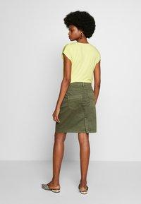 Cream - AMALIE SKIRT - Pencil skirt - burnt olive - 2