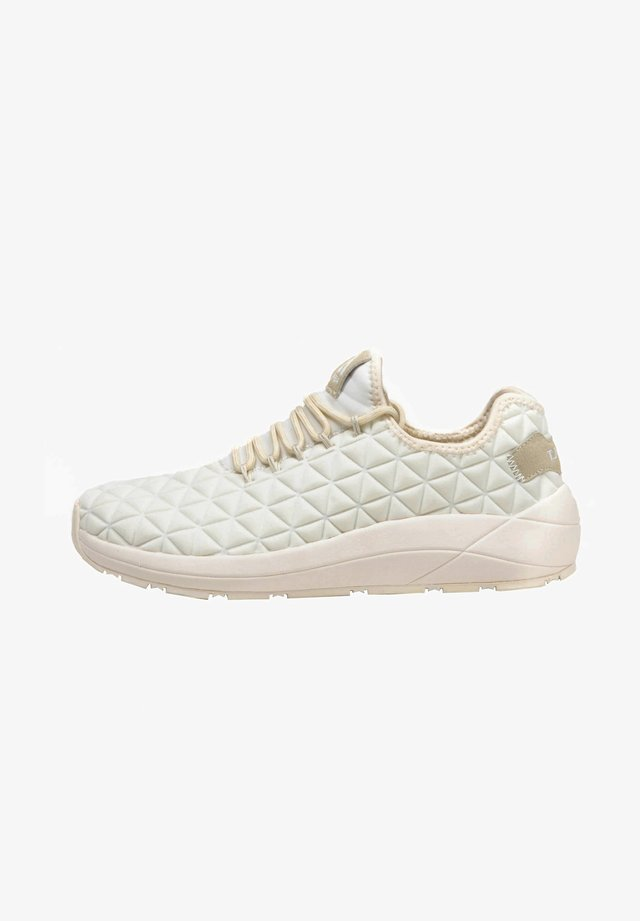Sneakers laag - wht/sand