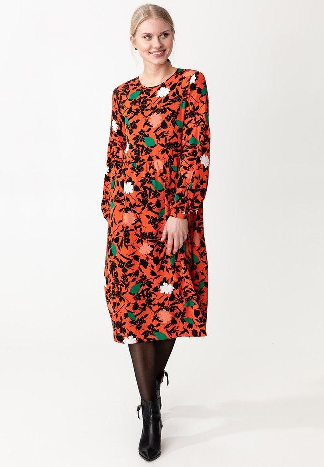 ENGLA - Sukienka letnia - red