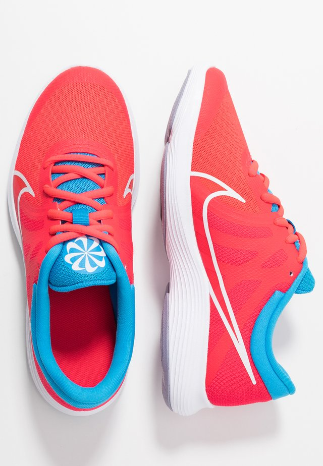 REVOLUTION 4 DISRUPT - Neutral running shoes - red orbit/white/blue hero/indigo haze