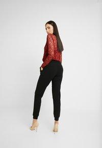 ONLY Tall - ONLADELE ROCKY PANTS - Kalhoty - black - 3