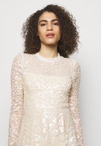 Needle & Thread - AURELIA LONG SLEEVE BALLERINA DRESS - Occasion wear - champagne - 3