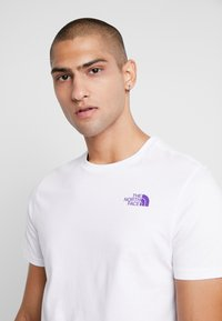 The North Face - SLANTED LOGO TEE - T-Shirt print - hero purple - 3