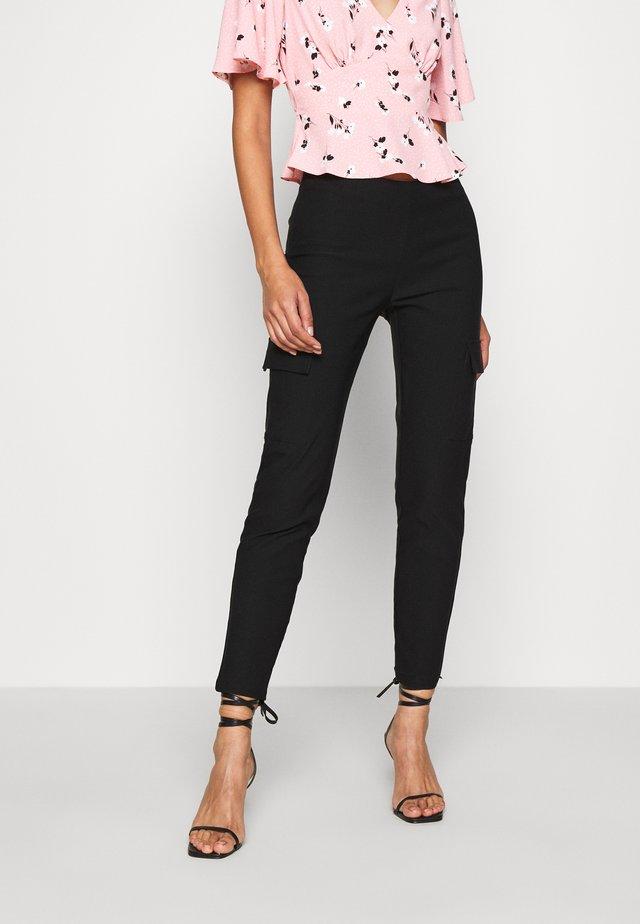 NMPERA - Pantalones cargo - black