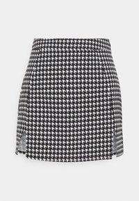 Missguided Petite - ZIP UP BACK DOGTOOTH BRALET AND SLIT FRONT MINI SKIRT  - Mini skirt - black - 3