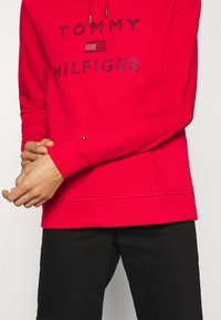 Tommy Hilfiger - TIARA HOODIE  - Sweat à capuche - primary red - 3