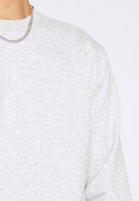 Weekday - STANDARD - Sweatshirt - grey melange - 5