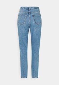Noisy May Tall - NMISABEL MOM - Jeans straight leg - light blue denim - 1