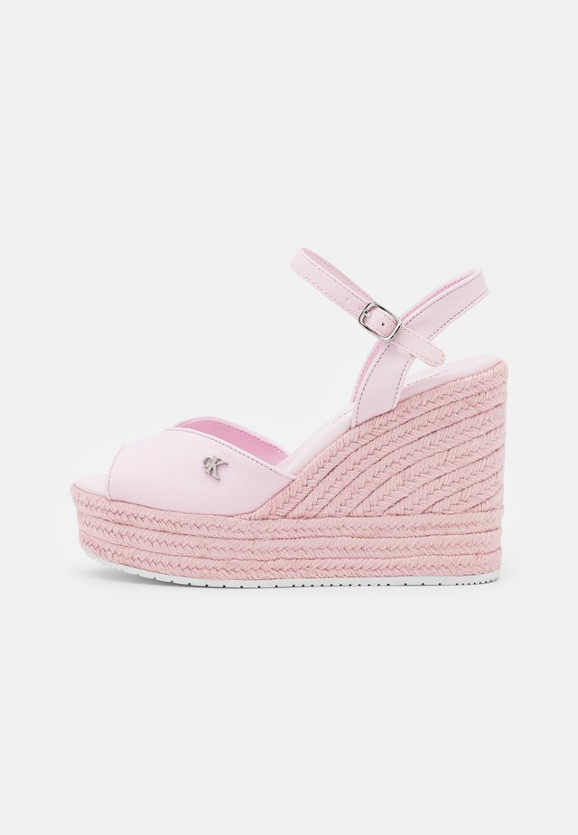 WEDGE ANKLE STRAP  - Sandali con plateau - pearly pink