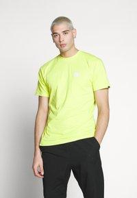 Vans - RETRO SPORT  - T-Shirt print - sulphur spring - 0