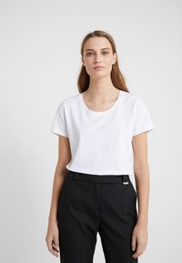 Escada Sport - ELLAMINE - T-shirt basic - white - 0