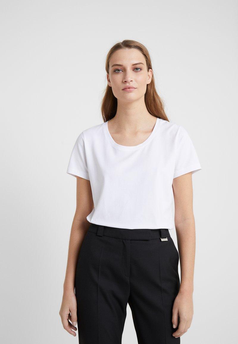 Escada Sport - ELLAMINE - Jednoduché triko - white