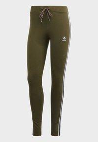 adidas Originals - LEGGINGS - Leggings - Trousers - green - 10