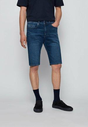 TABER - Short en jean - dark blue