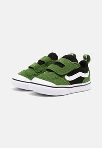 Vans - COMFYCUSH NEW SKOOL UNISEX - Skateschoenen - cactus/black - 1