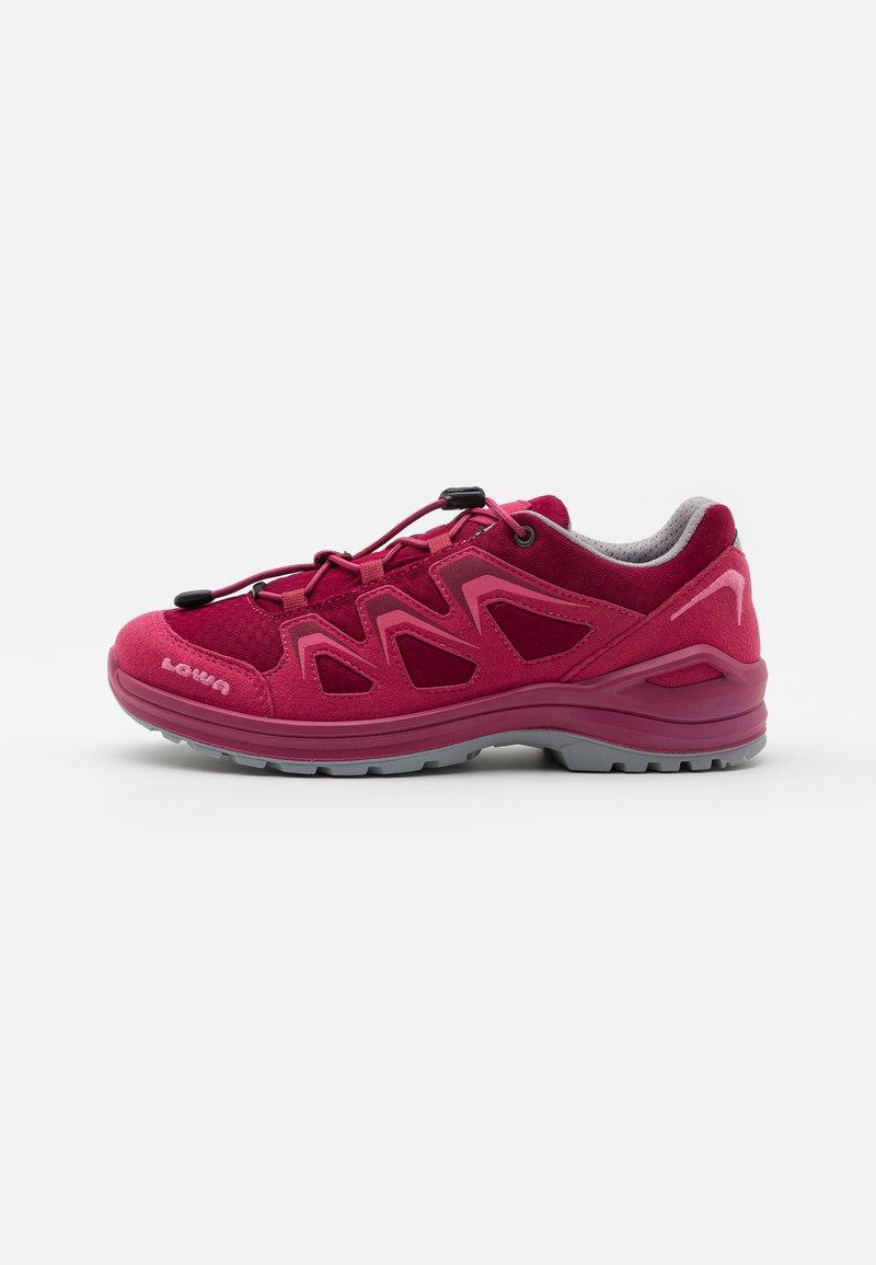 Lowa - INNOX EVO GTX LO JUNIOR UNISEX - Hiking shoes - fuchsia