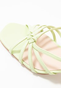 Loeffler Randall - LIBBY KNOTTED WRAP HEEL - Sandales - pistachio pista - 2
