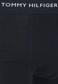 Tommy Hilfiger - PREMIUM ESSENTIALS TRUNK 3 PACK - Pants - black - 6