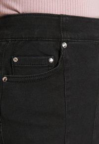 ONLY - ONLCARMEN MINI - Minihame - black denim - 5