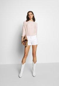 Pepe Jeans - SIOUXIE - Denim shorts - white denim - 1