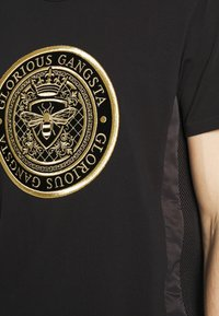 Glorious Gangsta - DONAEO TEE - T-shirt z nadrukiem - jet black - 4