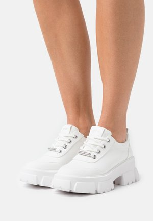 TANK - Trainers - white