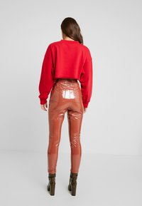 Missguided - CROPPED RAW HEM - Sweater - red - 2