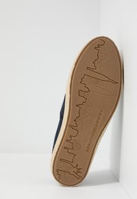 Tommy Hilfiger - SUMMER SLIPON - Espadryle - blue - 4