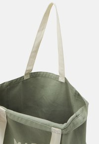 Mads Nørgaard - BOUTIQUE ATHENE - Tote bag - light army - 2