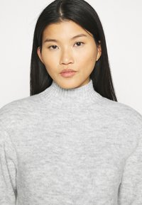 Anna Field - BASIC-PERKIN NECK - Jumper - mottled light grey - 4