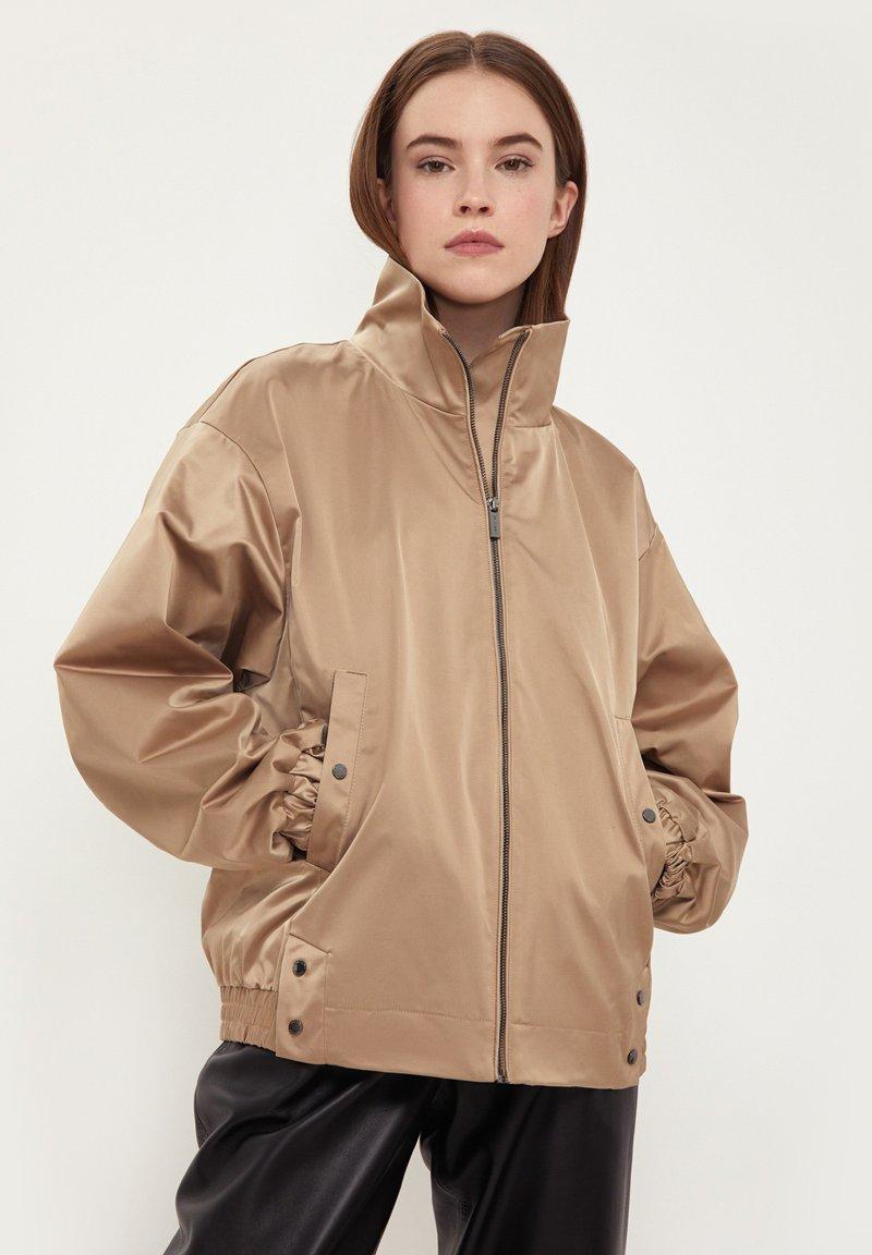 Finn Flare - Waterproof jacket - beige