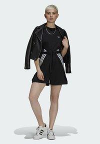 adidas Originals - SHORT JUMPSUIT - Mono - black - 1