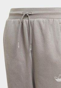 adidas Originals - ADIDAS SPRT COLLECTION SWEAT JOGGERS - Pantalon de survêtement - grey - 2