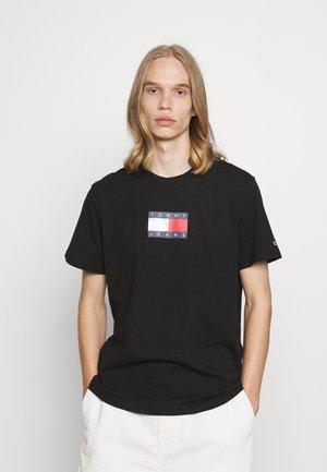 METALLIC FLAG TEE UNISEX - T-shirt print - black