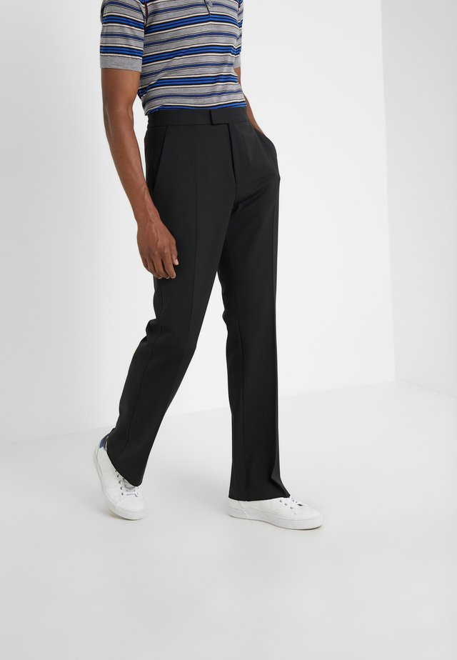 EDWARDS TECHNO GABARDINE TROUSERS - Broek - black