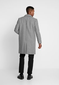 Topman - DOGTOOTH  - Cappotto classico - black/white - 2