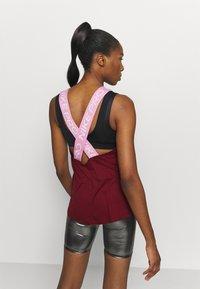 Nike Performance - DRY ELASTIKA TANK - Camiseta de deporte - dark beetroot/beyond pink - 2