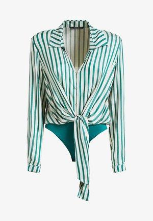 GEKNOTETE STREIFEN-BODYBLUSE - Button-down blouse - green