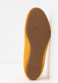 Gabor - Ballet pumps - mango - 6